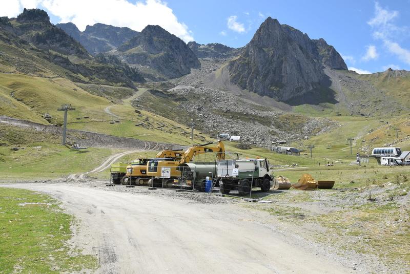 Construction télésiège 4 Termes et tapis roulants - La Mongie Dsc_1122