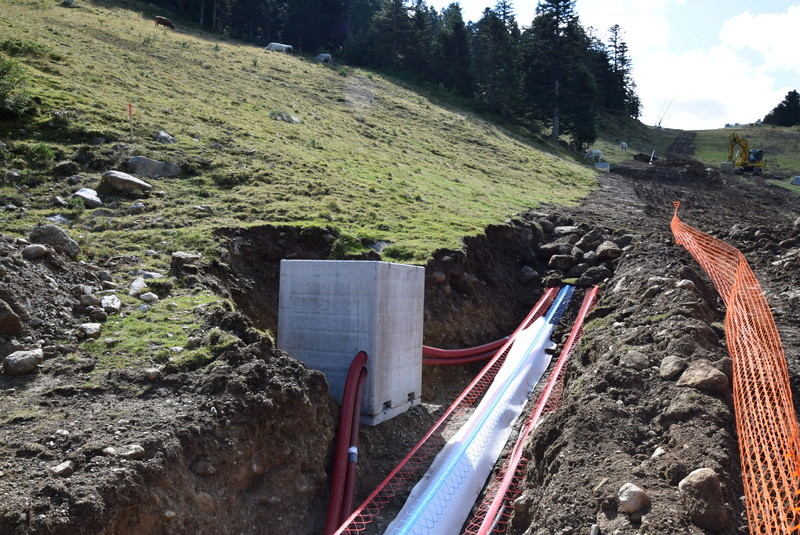 Construction télésièges fixes 4 places Savis et Bisorne (TSF4) Dsc_1233