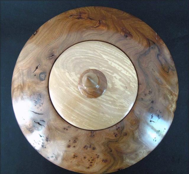 Un morceau de bois qui valait le détour... Boite-19
