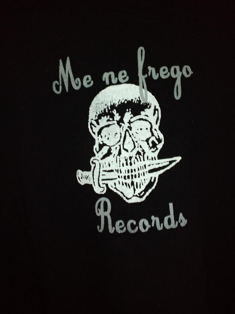 fringues, T shirts ... Img_2024