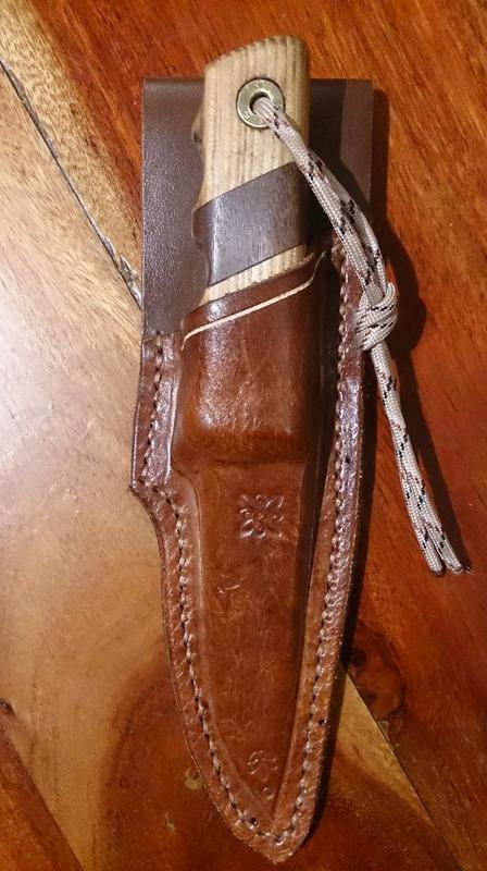 Couteau Mora suédois (105mm) et étui  1110