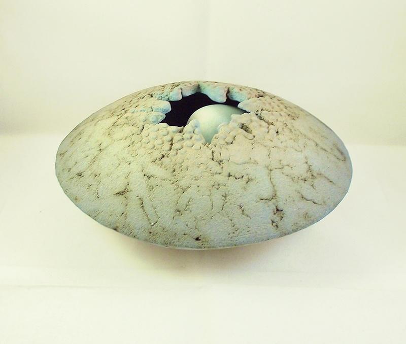 Unusual nest like pot, unmarked - Suzanne Stumpf  Dscf4112