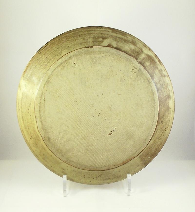 Stoneware Plate Incised Mark SC Dscf4310