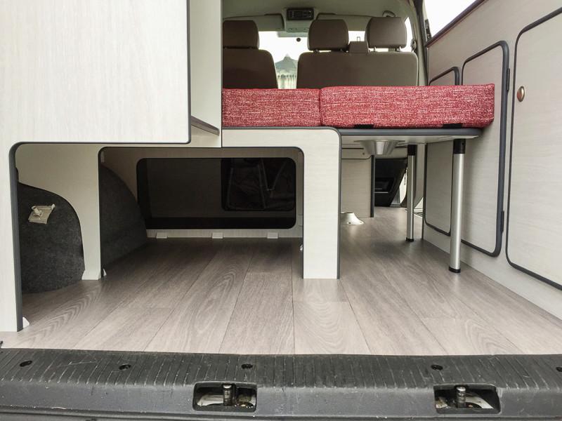 T5.2 Facelift, 140 ch, blanc, aménagement pro Img_7214