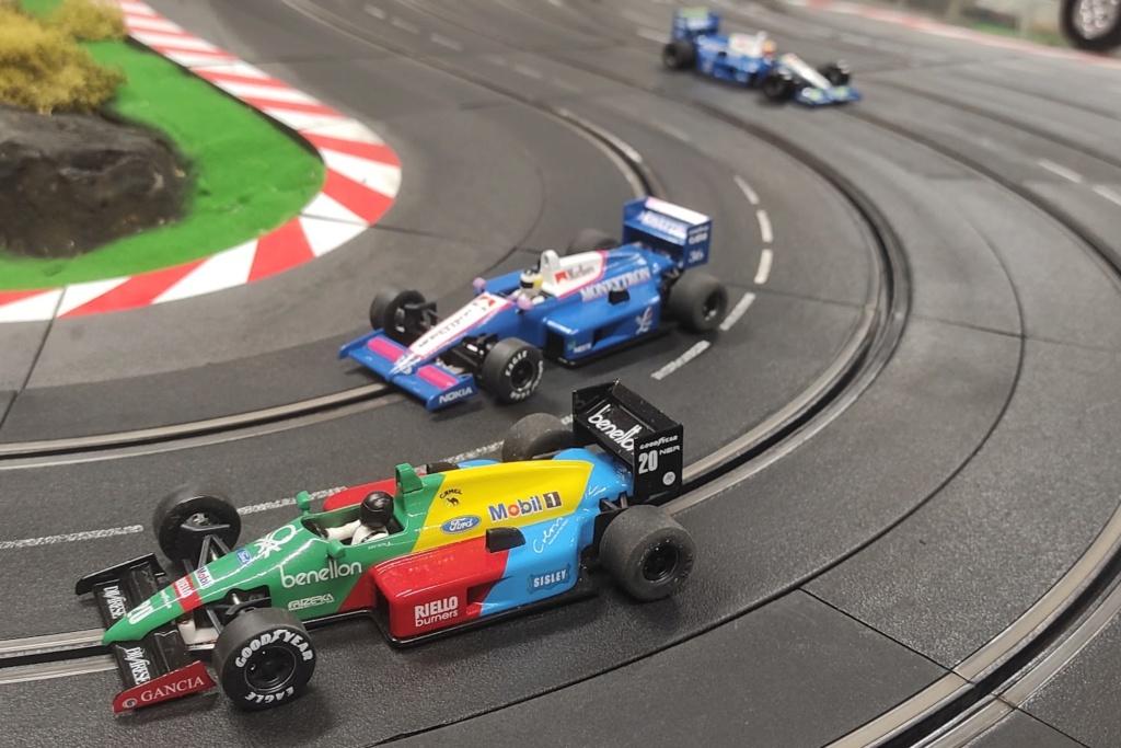 Championnat du Monde de F1 SRM .... ca continue ce 16 septembre  ... - Page 4 F1bene10