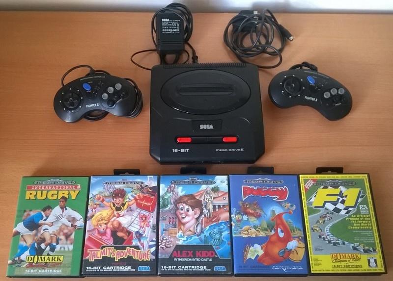 Console SEGA MegaDrive 2 + 2 Manettes + 5 Jeux Md110