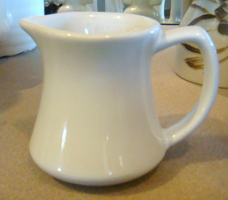 white - Temuka small white jug for gallery Dsc07314