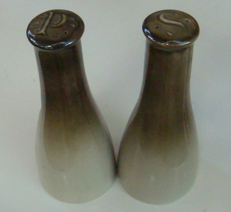 Mapua Ware Salt & Pepper Dsc07319