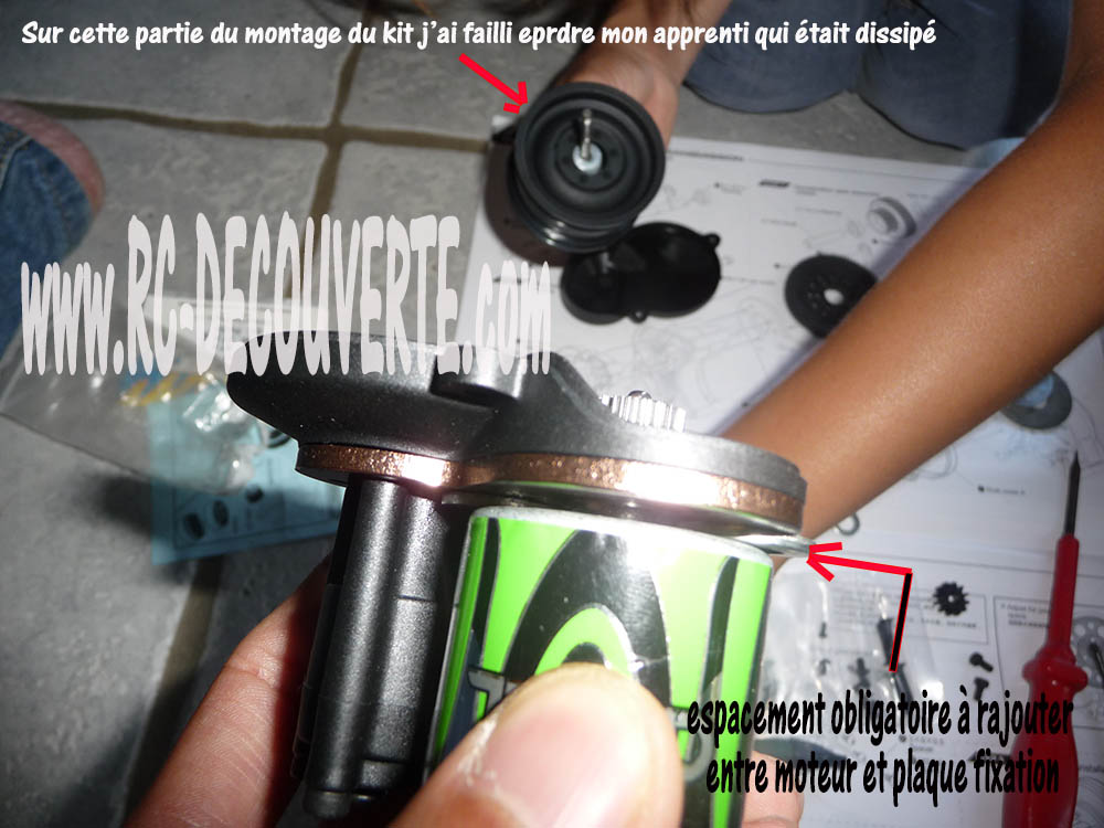 Montage MST CMX Kit : Jeep & Hummer - Page 2 Espace10