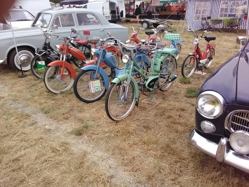 59 - SEC BOIS ....exposition Autos/motos/Camions/Tracteurs.... 04610