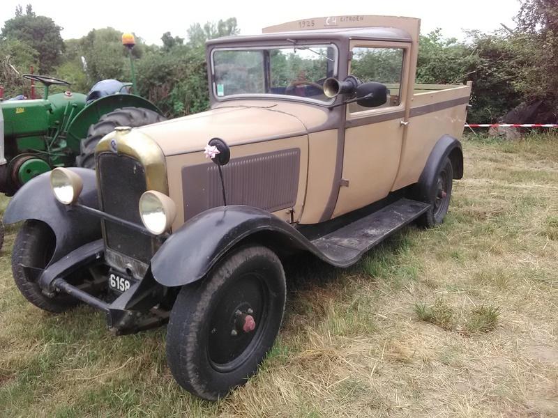59 - SEC BOIS ....exposition Autos/motos/Camions/Tracteurs.... 06410
