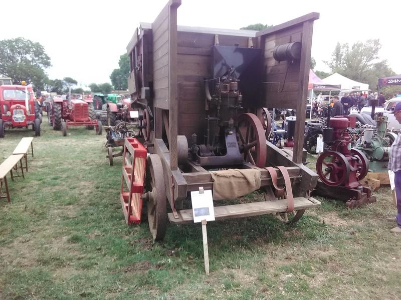 59 - SEC BOIS ....exposition Autos/motos/Camions/Tracteurs.... 14610