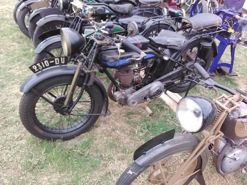 59 - SEC BOIS ....exposition Autos/motos/Camions/Tracteurs.... 15010