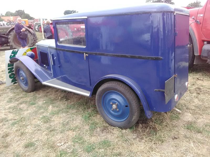 59 - SEC BOIS ....exposition Autos/motos/Camions/Tracteurs.... 17010