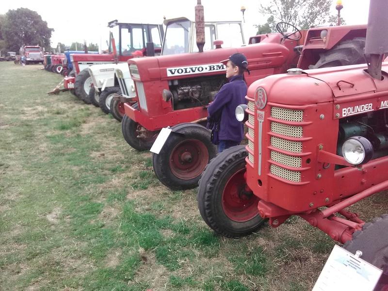 59 - SEC BOIS ....exposition Autos/motos/Camions/Tracteurs.... 21510