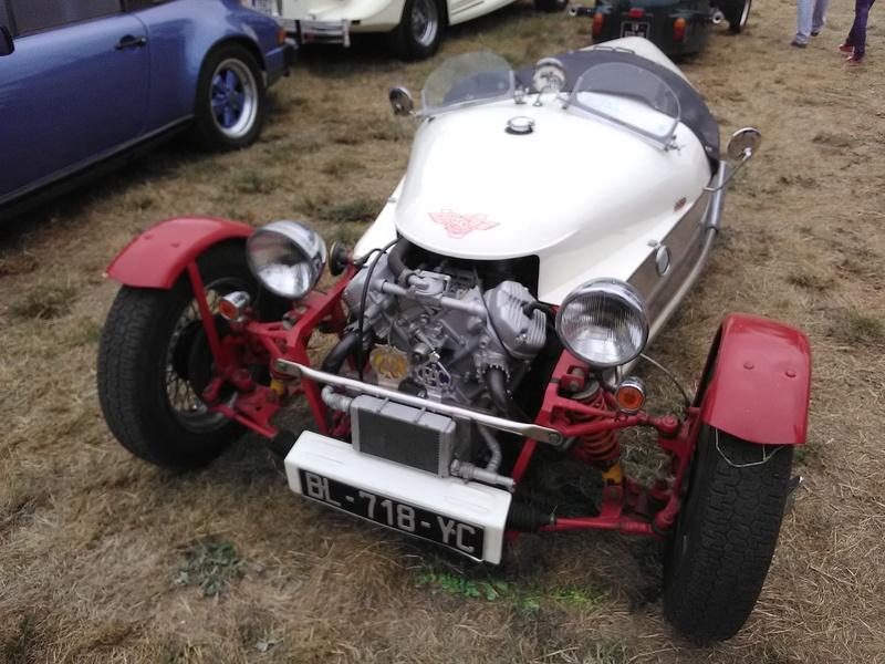 59 - SEC BOIS ....exposition Autos/motos/Camions/Tracteurs.... 22910