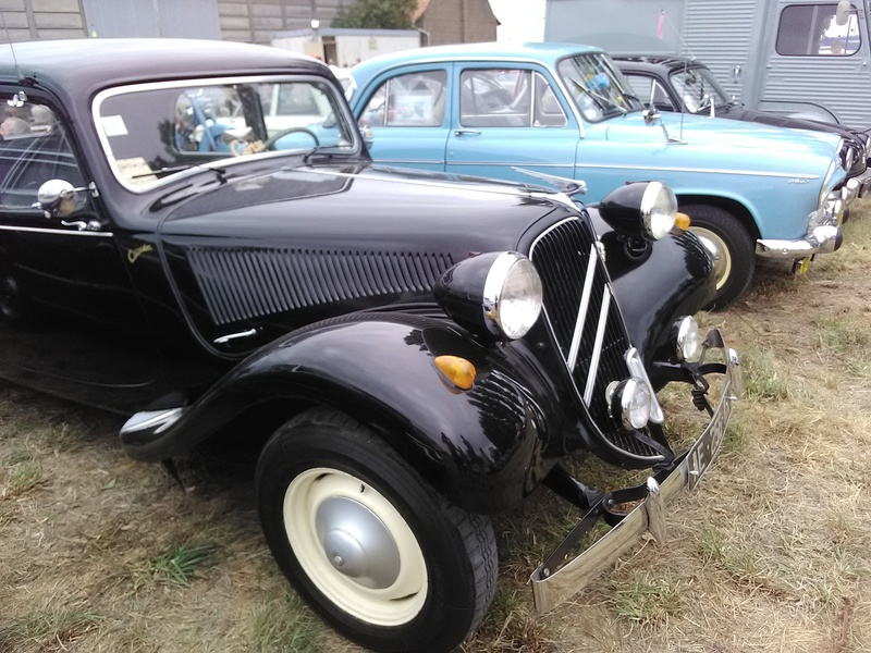 59 - SEC BOIS ....exposition Autos/motos/Camions/Tracteurs.... 23110