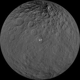 Incongruité ou OVNI du système solaire ? - Page 24 Ceres010