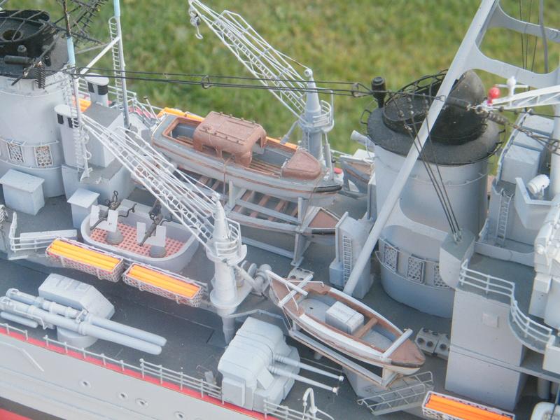 Croiseur Georges LEYGUES au 1/100 sur plan Dscf0517