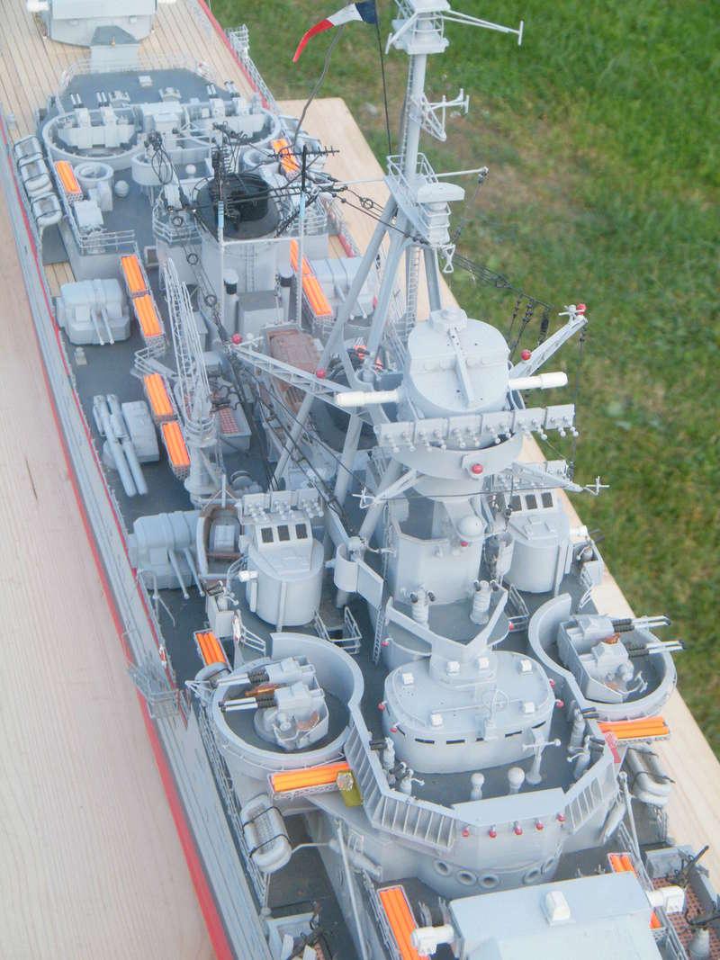 Croiseur Georges LEYGUES au 1/100 sur plan Dscf0621