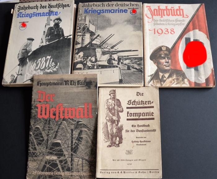 Livres militaires allemands WWII 2402d710