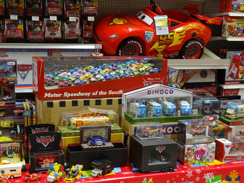 Expostion Cars Toys R Us P610