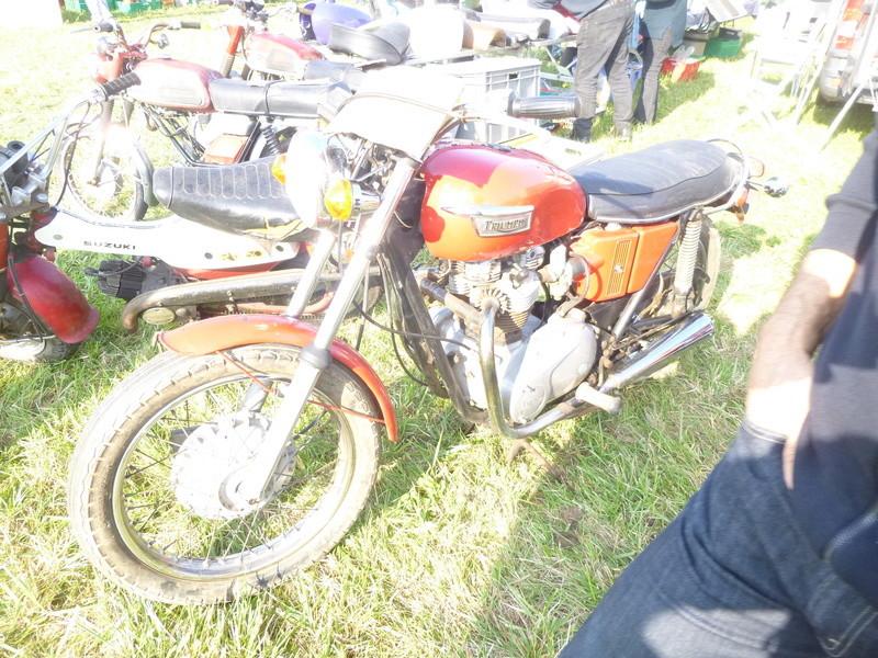 Bourses auto/moto anciennes de Lipsheim dans le Bas-Rhin P1020617