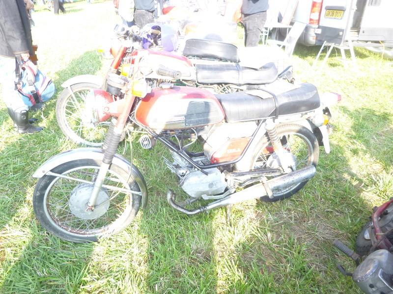 Bourses auto/moto anciennes de Lipsheim dans le Bas-Rhin P1020618