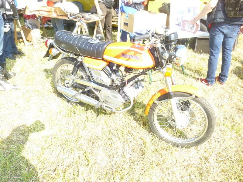 Bourses auto/moto anciennes de Lipsheim dans le Bas-Rhin P1020619