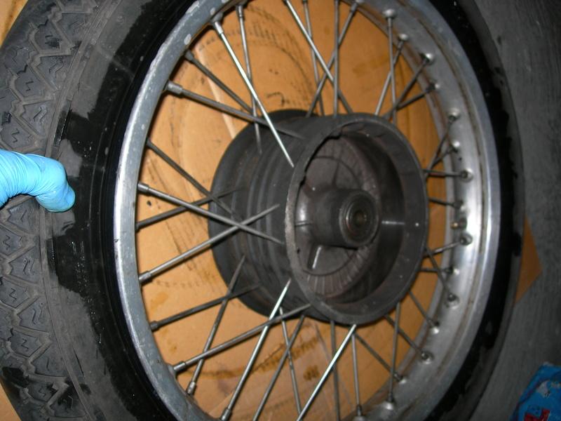pneu - Changer un pneu - Page 2 Dscn9415