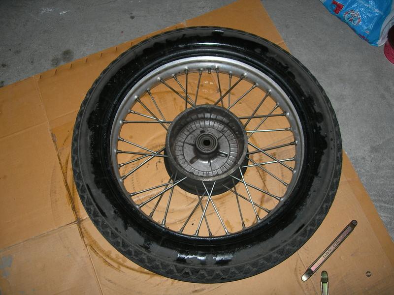 pneu - Changer un pneu - Page 2 Dscn9510