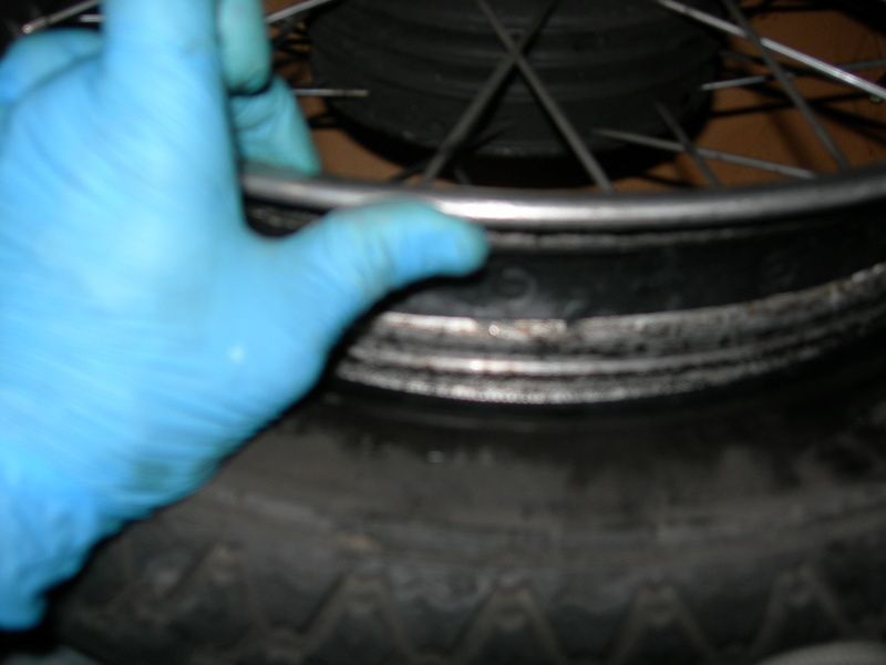 pneu - Changer un pneu - Page 2 Dscn9511