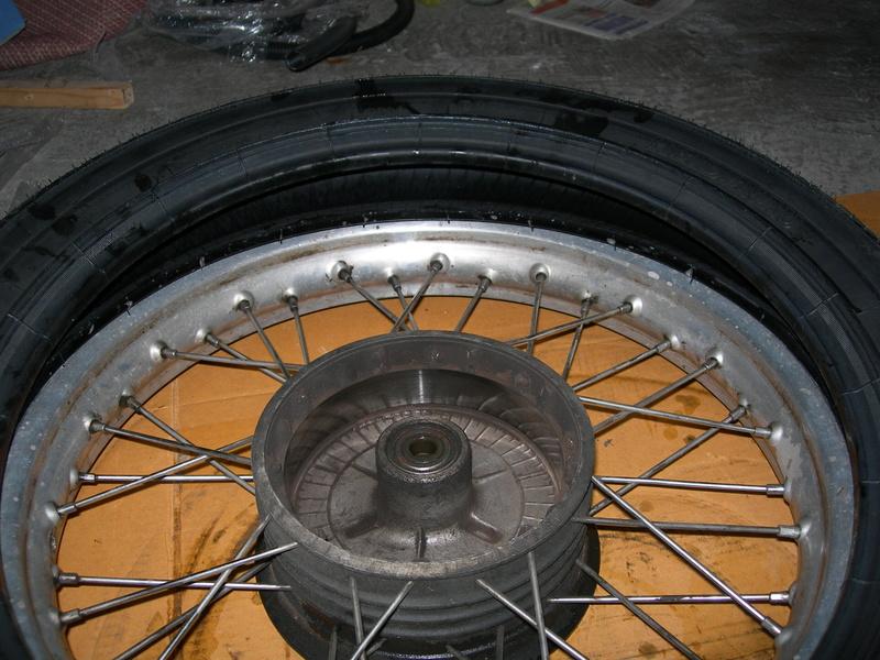 pneu - Changer un pneu - Page 2 Dscn9514