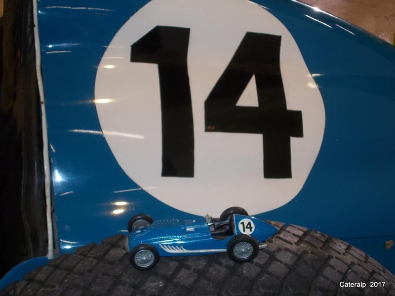 Rétrospective Heller au musée de l'automobile de Lyon Rochetaillée sur Saône  - Page 2 Instal13
