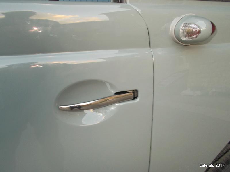 Mon montage à l'echelle 1 ,  Renault Juvaquatre 1954 - Page 4 Joints18