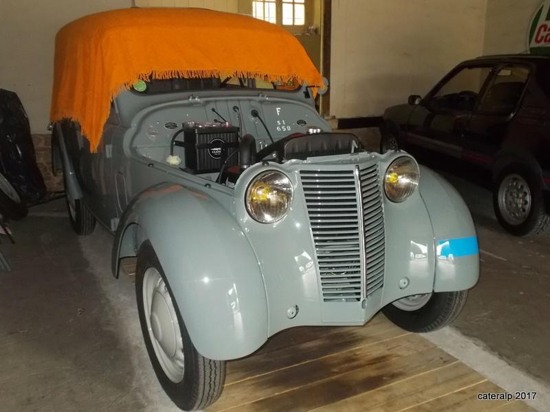 Mon montage à l'echelle 1 ,  Renault Juvaquatre 1954 - Page 4 Montag13