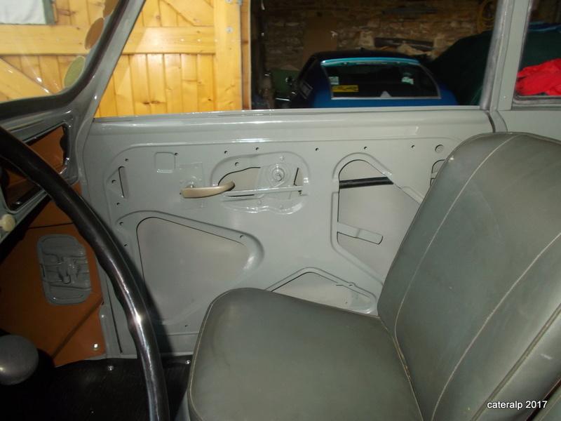 Mon montage à l'echelle 1 ,  Renault Juvaquatre 1954 - Page 4 Serrur13