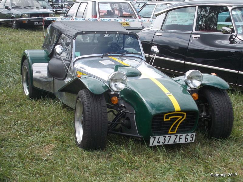 Rassemblement vehicules anciens de Vernas ( Isère)  Vernas17