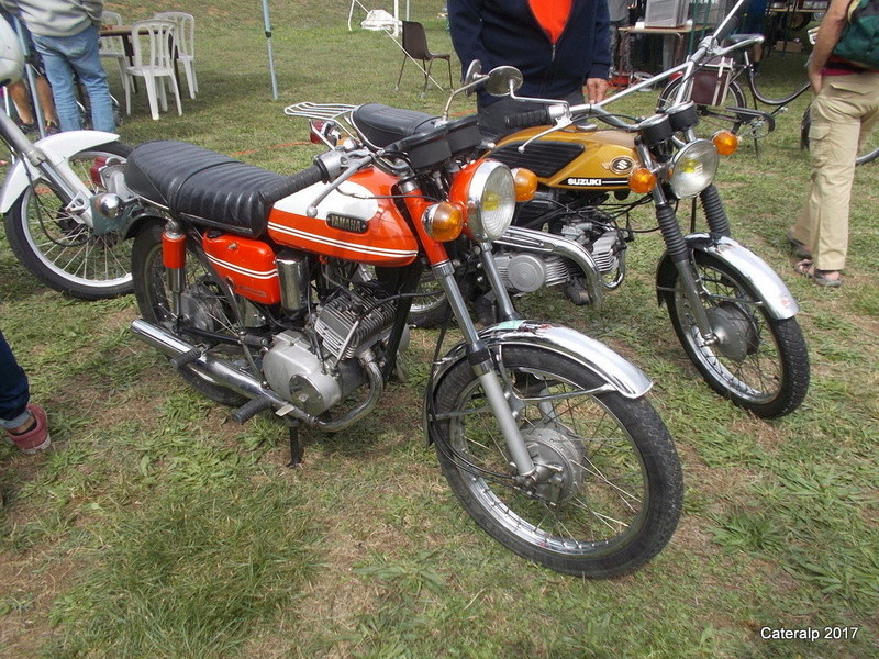 Rassemblement vehicules anciens de Vernas ( Isère)  Vernas23