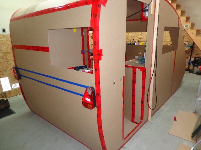 Projet d'auto-construction de caravane 12_dec11