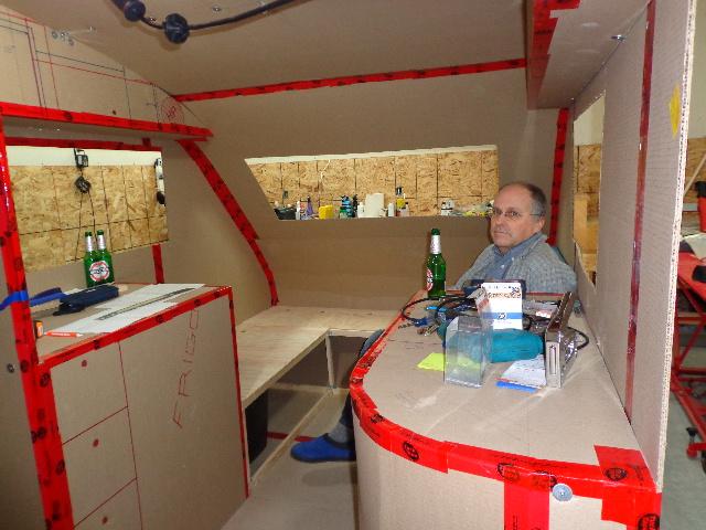 Projet d'auto-construction de caravane 12_dec12