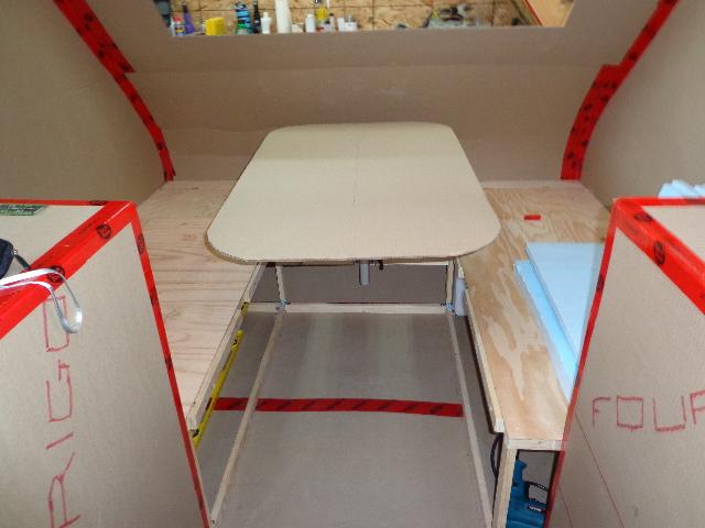 Projet d'auto-construction de caravane Lagun_10
