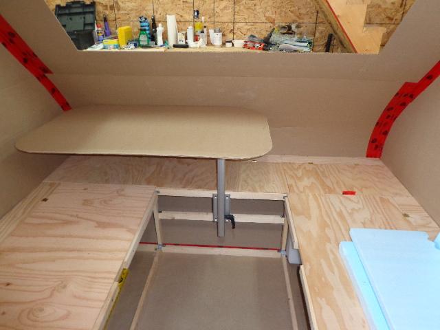 Projet d'auto-construction de caravane Lagun_11