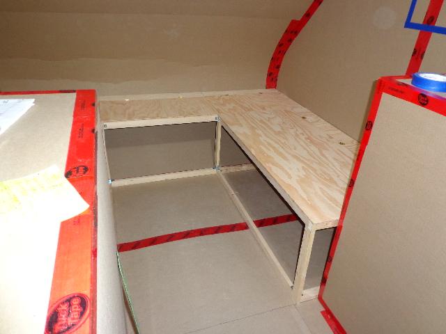 Projet d'auto-construction de caravane Suite012