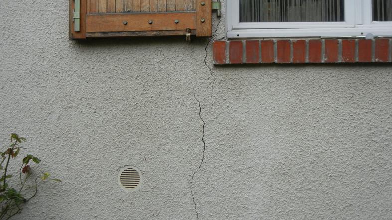 Fissuration maison : quelles solutions ? Facade10
