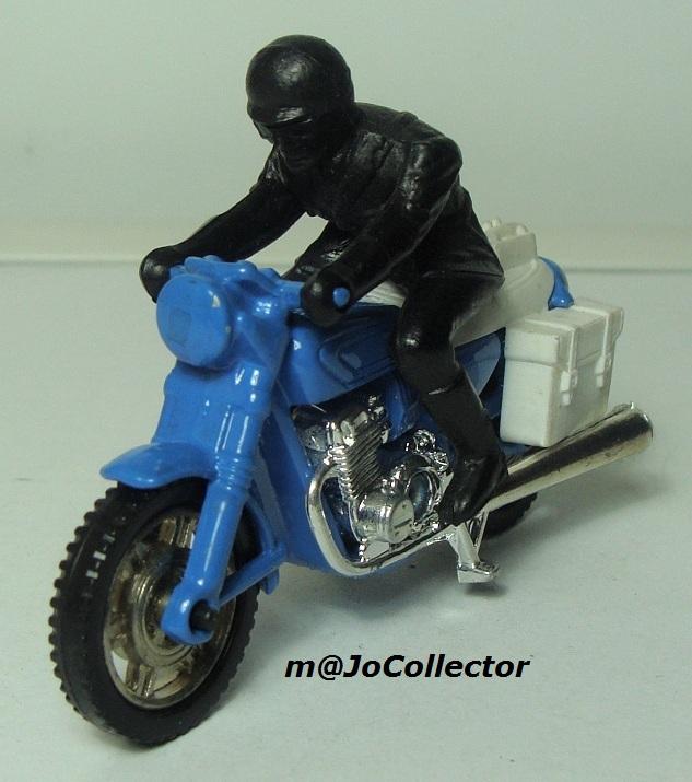 N°203 Moto police 203_2_11