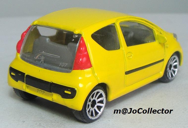 N°205F : Peugeot 107 205_7f13