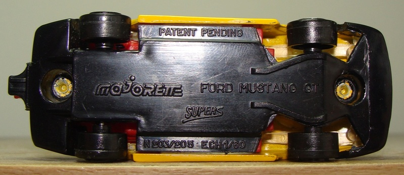N°205S/206S FORD MUSTANG IV COUPE 205s-217
