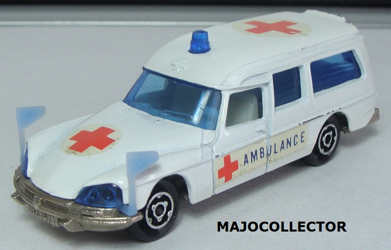 N°206 CITROËN DS AMBULANCE  206_2_11