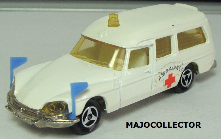 N°206 CITROËN DS AMBULANCE  206_2_12